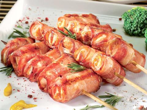Куриные шашлычки на шпажках в беконе в духовке рецепт
